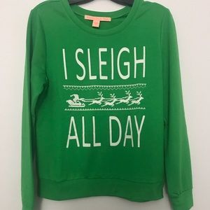 I Sleigh all day womens junior swetshirt size S